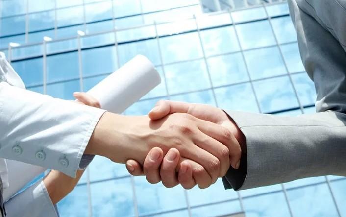 Начало долгосрочного сотрудничества с Kronospan